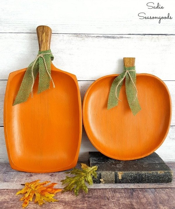 pumpkins from decorative wood trays