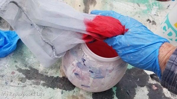 mix homemade chalk paint