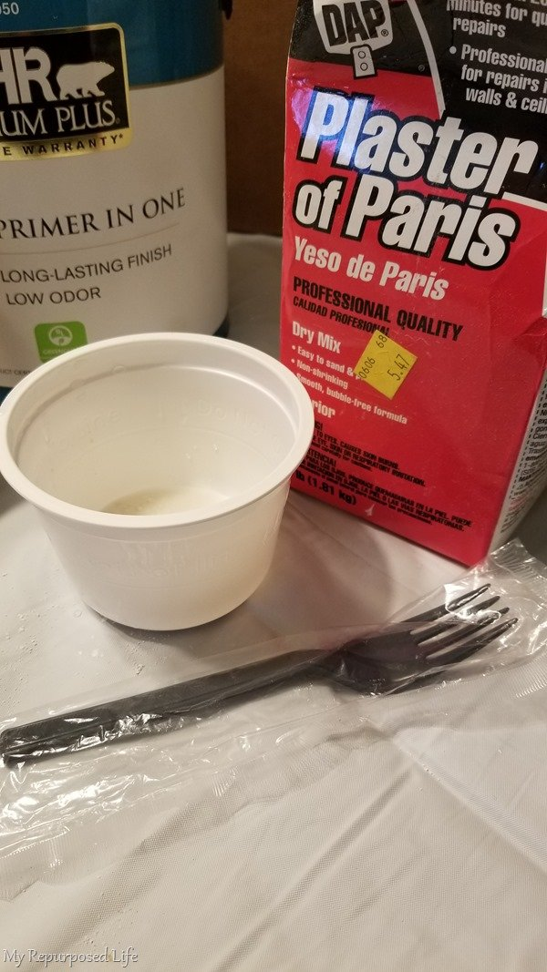 plaster of paris and plastic fork to make chalky paint