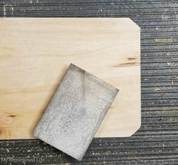 sand sharp corner with sanding sponge