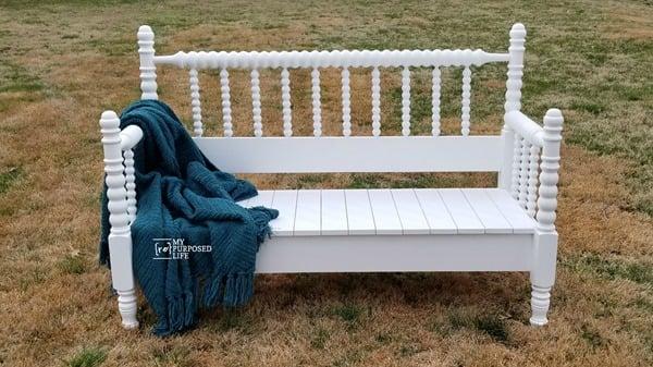 spool bed bench diy MyRepurposedLife