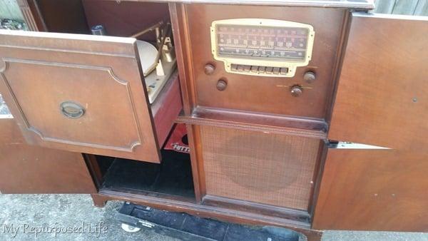 inside record radio cabinet