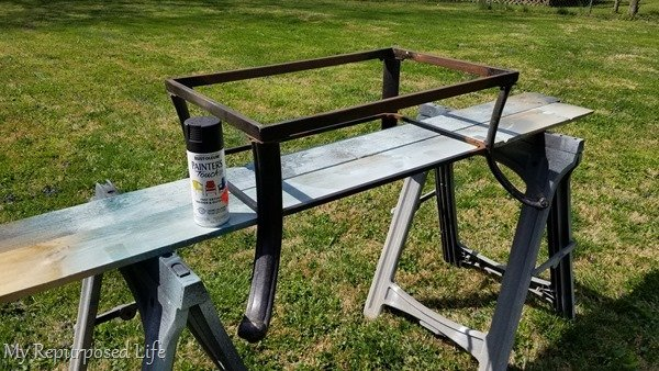 spray paint fire pit frame