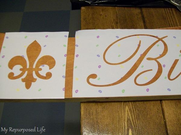 contact paper fleur de lis stencil