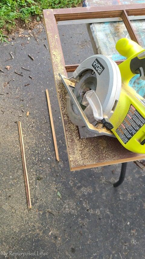 trim window sash with saw