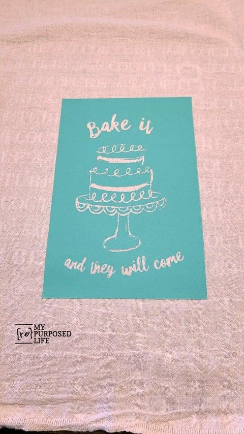 decorate flour sack towels MyRepurposedLife