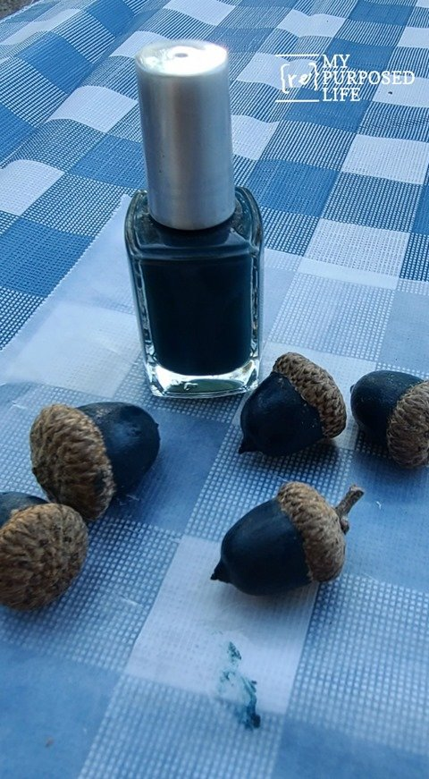 how to paint acorns with nail polish