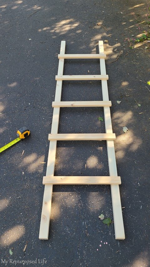 farmhouse ladder assembly
