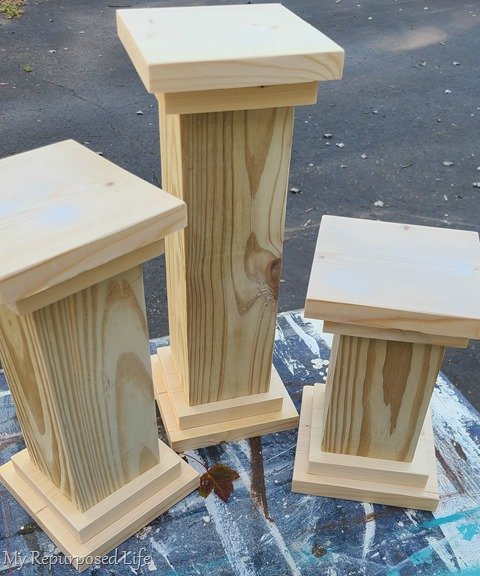 making wooden pedestal with double base