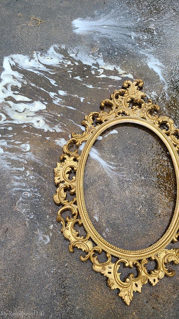 rinse krud kutter from ornate frame