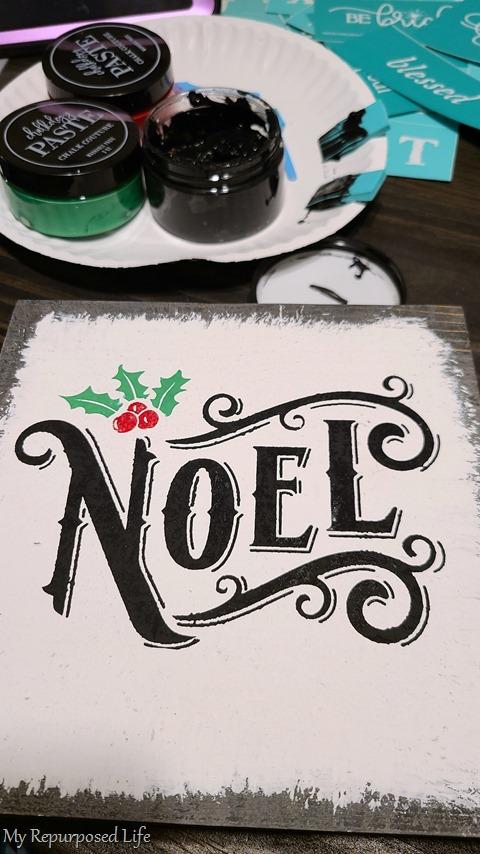 NOEL scrap wood Christmas Decor