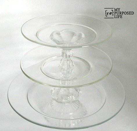 stacked dessert dish Pedestal plate