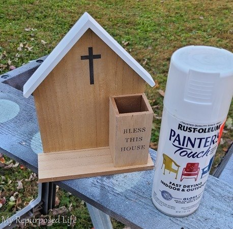 spray painting countdown to Christmas Calendar