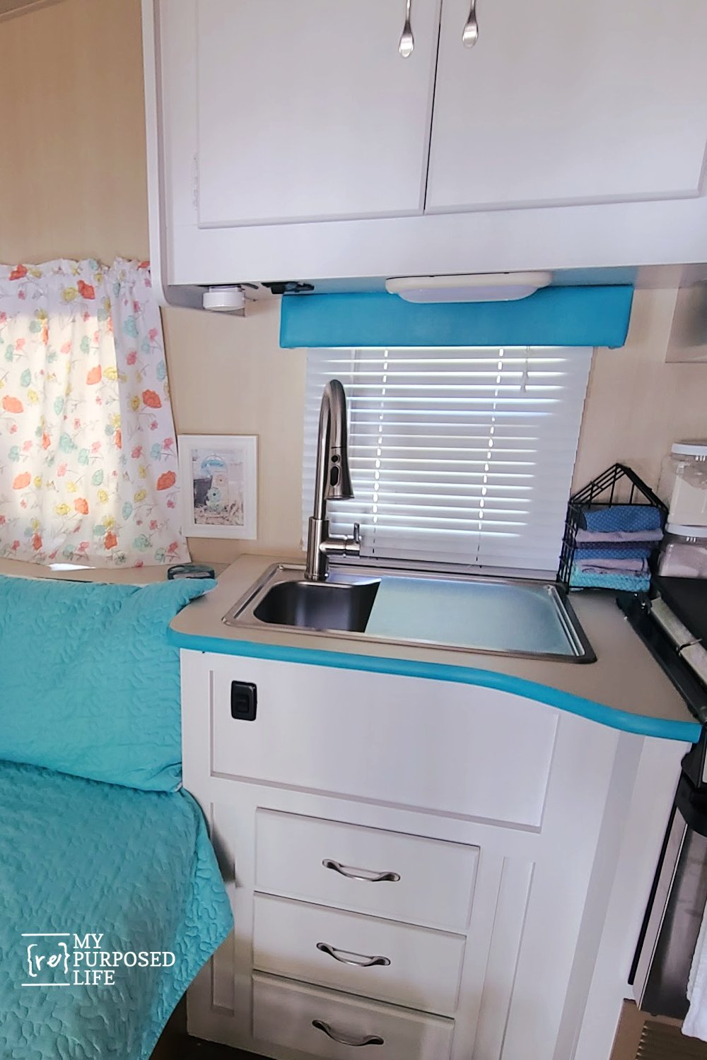 How and why I painted the camper cabinets. Tips and directions to help you do it yourself the right way. #MyRepurposedLife #diy #camper #rv #cabinets #paint via @repurposedlife